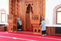 KÜTÜPHANE - Başiskele'nin Camileri Ramazan Ayına Hazır