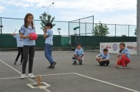 İLKÖĞRETİM OKULU - Bin 100 Çocuğun Doyasıya Eğlendiği Şenlikte Mahalle Aralarında Oynanan Oyunlar Tekrar Hayat Buldu