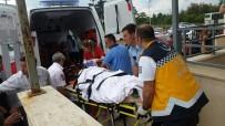 AMBULANS HELİKOPTER - Çanakkale'de Trafik Kazası Açıklaması 1 Ölü, 1 Yaralı