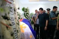 ÇATIŞMA - Duterte'den Çatışmada Yaralananlara Ziyaret