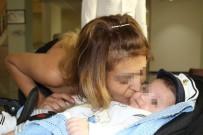 SAĞLıK BAKANı - Emziremediği Bebeği İçin Tedavi Olacak