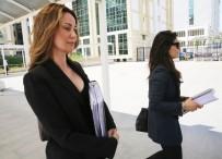 DEMET ŞENER - Eski Manken Demet Şener'in Boşanma Davası