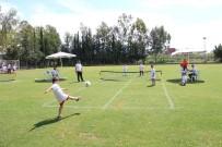 SAĞLIK EKİBİ - Gençlik Sporla Buluştu