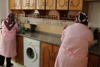 SOSYAL YARDIM - Haliliye Evde Bakım Hizmetiyle İhtiyaç Sahiplerinin Yanında Oluyor
