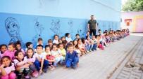 MİMAR SİNAN - Hayallerindeki Kahramanları Okul Duvarlarına Çizdiler