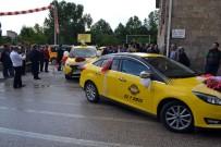 TICARET VE SANAYI ODASı - Isparta'da Yenilenen Taksiler Şiddet Gören Kadına Da Yardımcı Olacak