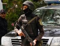 BOMBALI SALDIRI - Mısır'da silahlı saldırganlar otobüs taradı!