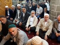 CAMİ İMAMI - Muş'ta Camiler Doldu Taştı