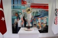 CENTİLMENLİK - Spor Toto Süper Lig kupası görücüye çıktı
