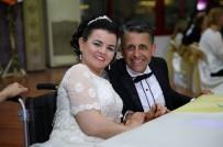 BUCA BELEDİYESİ - Engelli Sporcuların Aşkı 'Engel' Tanımadı