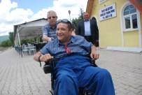 BEDENSEL ENGELLİ - Engelli Vatandaşın Akülü Tekerlekli Sandalye Sevinci