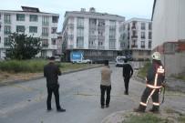 YEŞILKENT - Esenyurt'ta Akli Dengesi Bozuk Şahıs Polisi Alarma Geçirdi