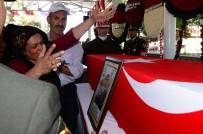 AHMET ÇELIK - Gaziantepli Şehidin Annesinin Feryadı Yürekleri Dağladı