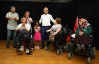 SİNEMA SALONU - İzmir'in En Büyük Engelliler Merkezi Bayraklı'da Açıldı