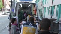 TıP FAKÜLTESI - Kavşakta Otomobille Çarpışan Cip Takla Attı Açıklaması 1 Ölü, 2 Yaralı