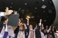 MATEMATIK - KMÜ'de Edebiyat Ve Fen Fakültesi Öğrencilerinin Mezuniyet Sevinci