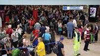 BRITISH AIRWAYS - Londra'da British Airways Tüm Uçuşlarını İptal Etti
