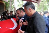 SİVAS VALİSİ - Şehit Kardeşine Çanakkale Şiiri İle Veda Etti