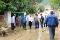 Sel Basan Yunuslar Mahallesi'ne Burhaniye Belediyesi'nden Destek