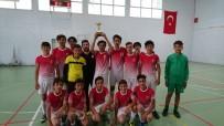 İLÇE MİLLİ EĞİTİM MÜDÜRÜ - Üç Eylül Ortaokulu Şampiyonluğa Uzandı