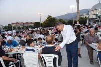 MUSTAFA CECELİ - Yunusemre'de Ramazan Dopdolu Geçecek