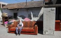 ADANA VALİSİ - 1 Haftadır Sokakta Kalan Sultan Nineye Devlet Sahip Çıktı