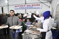 METRO İSTASYONU - Ankara Büyükşehir Belediyesinin, Binleri Buluşturan İftar Sofraları