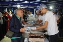 TıP FAKÜLTESI - Antalyalılar İftarı Büyükşehir Sofrasında Açtı