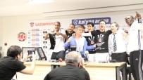 TEZAHÜRAT - Beşiktaşlı Oyunculardan Şenol Güneş'e Sürpriz