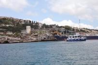 YIKIM ÇALIŞMALARI - Galatasaray Adası'nda Yıkım Çalışmaları Yeniden Başladı