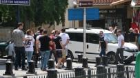 SIYAH BEYAZ - Gaziantep sokakları siyah beyaza büründü