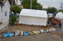 TUR YıLDıZ BIÇER - Manisa'daki Depremler Tedirgin Ediyor