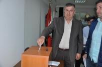 FATIH ÖZDEMIR - Tokatspor'da Olağanüstü Kongrede Başkanlığa Çabuk Seçildi