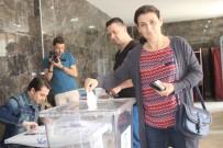 SPOR MERKEZİ - Vatandaşlar Pazar Yeri İçin Halk Oylamasına Gitti