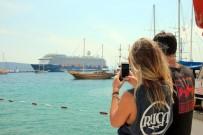 GÜMRÜK MÜDÜRÜ - 3 Bin 653 Turist Bir Anda Bodrum'a Akın Etti