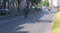 BERLIN - Almanya'da Bombalı Araç Paniği