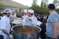 BİTLİS - Bitlis'te İftar Çadırına Yoğun İlgi