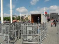 GEZİ PARKI - Gezi Parkının Çevresi Bariyerlerle Çevrildi