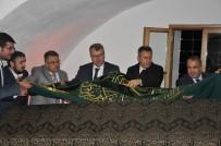 HALIL ELDEMIR - Kutlu Fethin 718'İnci Yıl Dönümünde Şeyh Edebali'nin Sanduka Örtüsü Değiştirildi