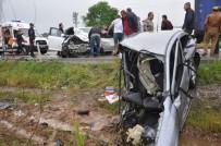 MEHMET YAŞAR - Paramparça Olan Araçtan Sağ Kurtuldu