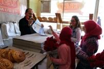 Yozgat'ta Öğrenciler Okul Gazetelerini Esnafa Dağıttı