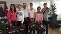Burhaniye'de Başkan Uysal Özel Sporculara Sponsor Oldu