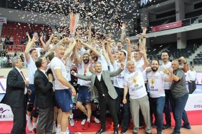 Halkbank şampiyon oldu