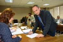 İSMAİL ŞANLI - İzmit Belediyesi 19 İşyerini Kiraya Verdi