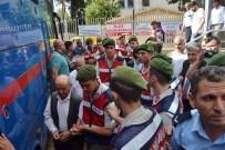 MEHMET KARATAŞ - Aladağ'daki Yurt Yangını Davası Sonunda Arbede