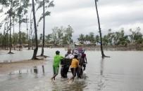 KASıRGA - Bangladeş'te Kasırga Sonucu 5 Kişi Öldü