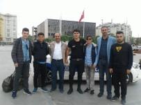 MEHMET NURİ ÇETİN - Başarılı Öğrenciler İstanbul'a Gönderildi