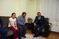 SEVINDIK - Başkan Mustafa Ak, İsimbay Ailesine Ramazan Konuğu Oldu