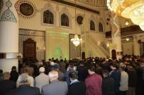 ERTAN PEYNIRCIOĞLU - Binlerce Kişi Niğde Belediyesi'nin İlk İftarında Buluştu