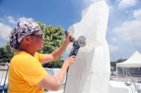 ÇUKUROVA ÜNIVERSITESI - Çinli Heykeltıraştan 15 Temmuz Anısına 'İnanıyorum' Heykeli